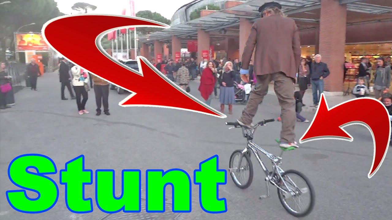 BMX Stunt FreeStyle Show at Rome Film Festival - Bike Video