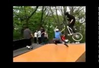 Bmx Stunts 2014  /bmx tricks