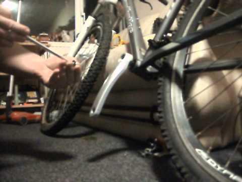 Claud Butler Mountain Bike Build Update. Fitting a Crank.