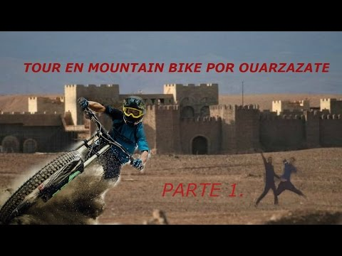 En mountain bike por Ouarzazate! El Hollywood de Marruecos!!