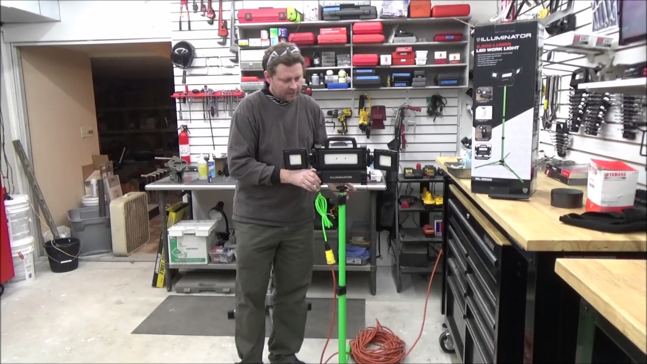How2wrench Product Review: LED work light on folding tripod stand