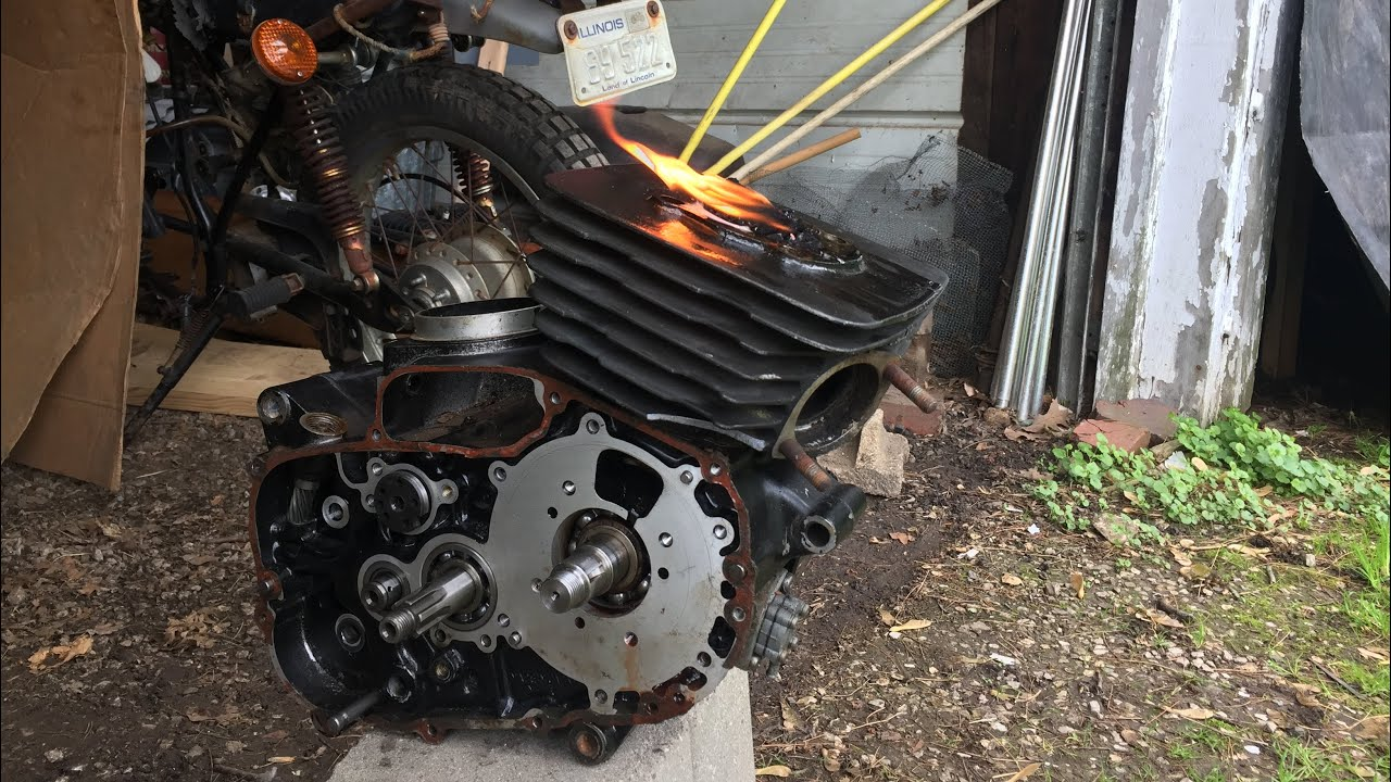 Kawasaki Rat Rod Build Part 1 - Freeing the Piston
