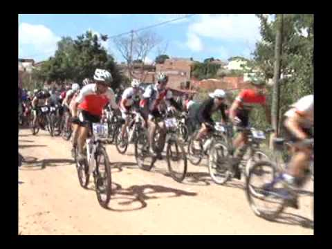 MOUNTAIN BIKE ONÇA DO PITANGUI 26 01 2015