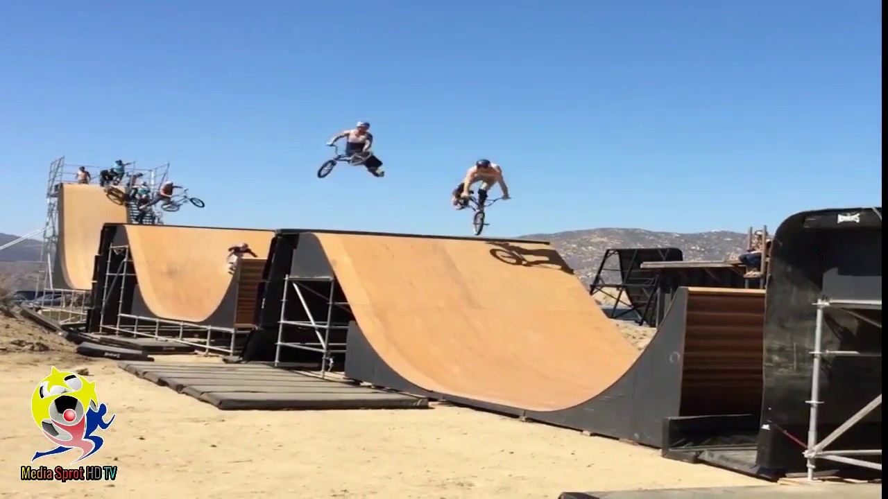 People are awesome , Extreme skills BMX .
