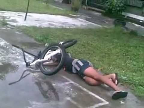 Ponyol bmx freestyle ( failed ).mp4