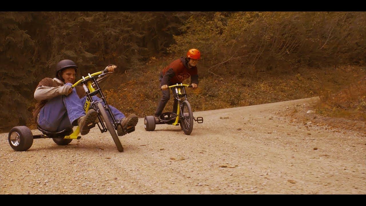 Razor DXT Drift TRIKES Down a Mountain Road in 4K