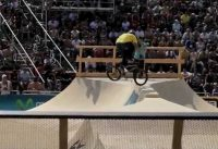 TOBIAS WICKE BMX TRICK AND GIRLS IN BARCELONA /bmx tricks