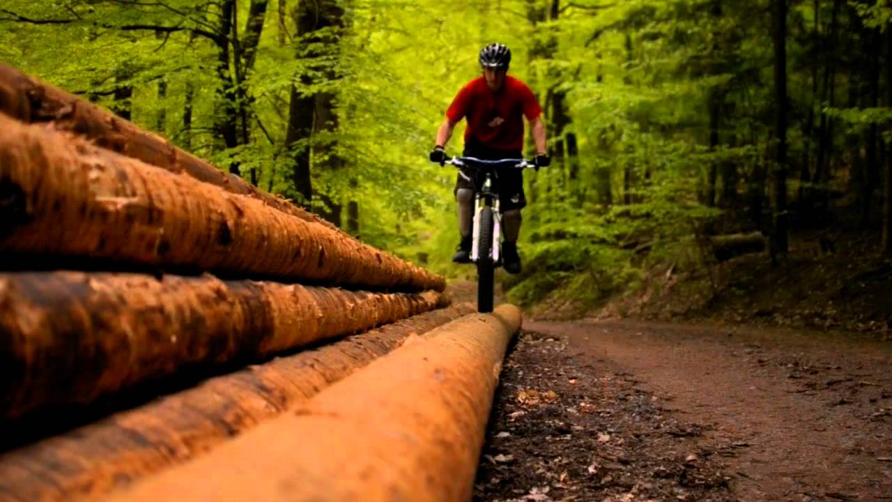 Trailaction - Hardtail mountain biking RAW