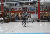bmx flatland Colombia show en Manizales para Centro Comercial Parque Caldas