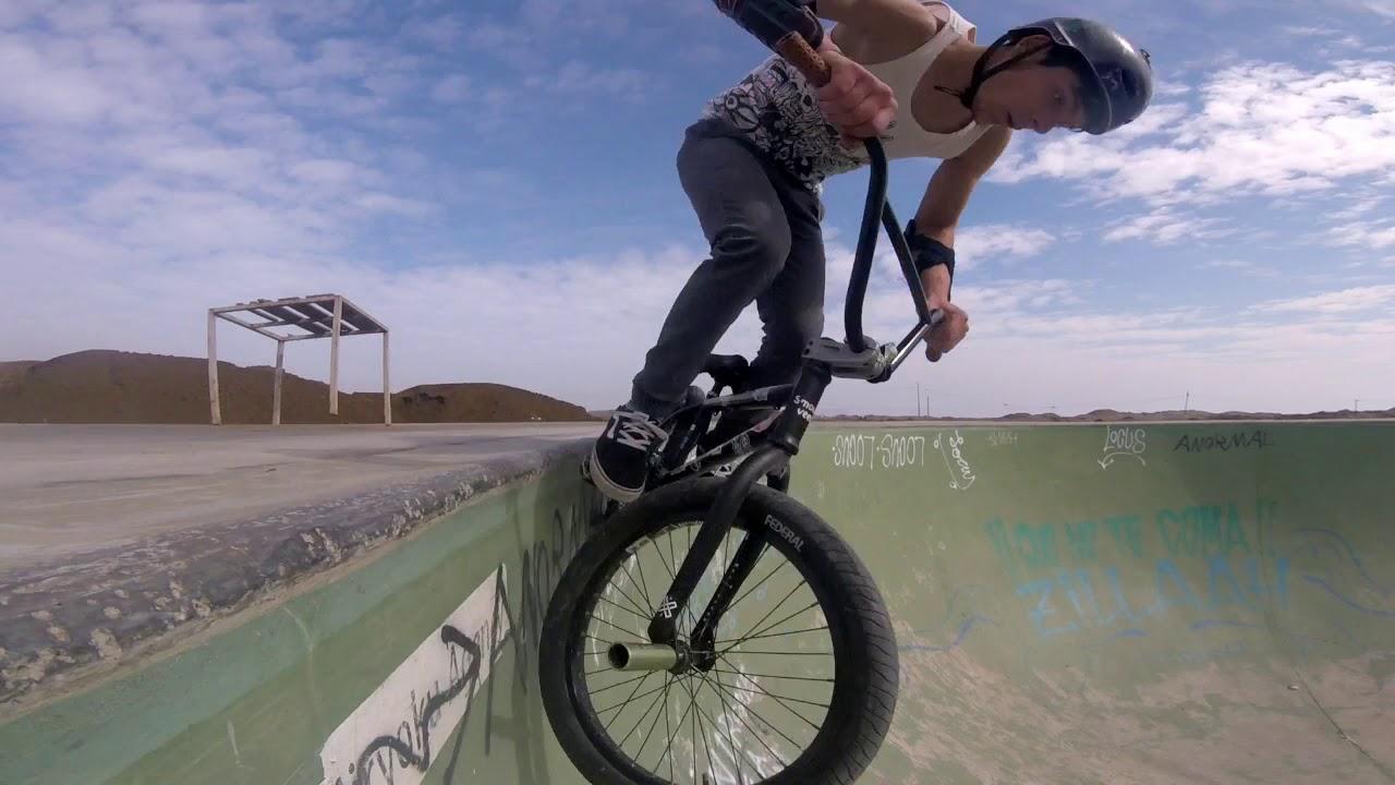 bowl gigante /BMX EN LA PLAYA