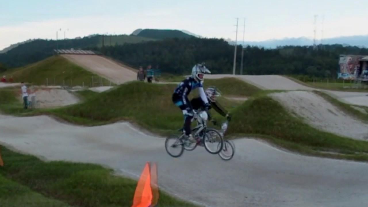 BMX RACE LUKIE BROTHERS