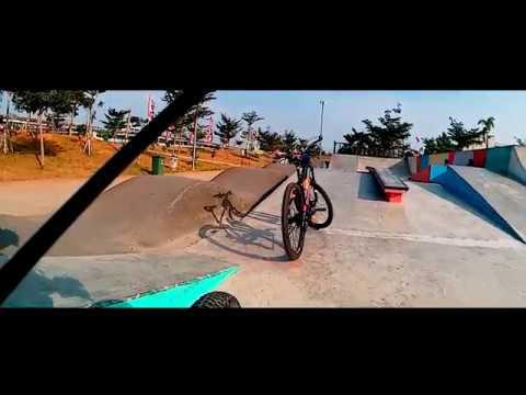 Nyoba track BMX dengan MTB XC di Taman Kalijodo