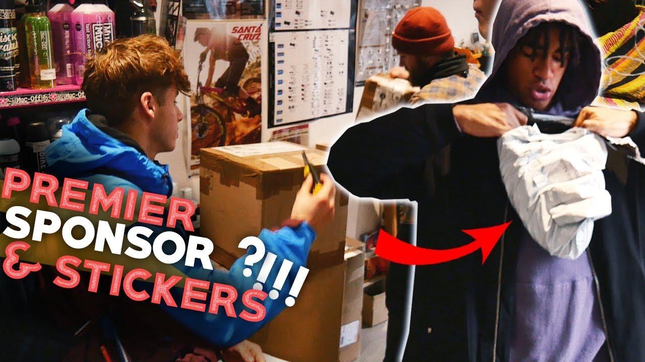 ON DEBALLE DES PIECES DE BMX ET UN COLIS DE NOTRE PREMIER SPONSOR !!! + nouveaux stickers