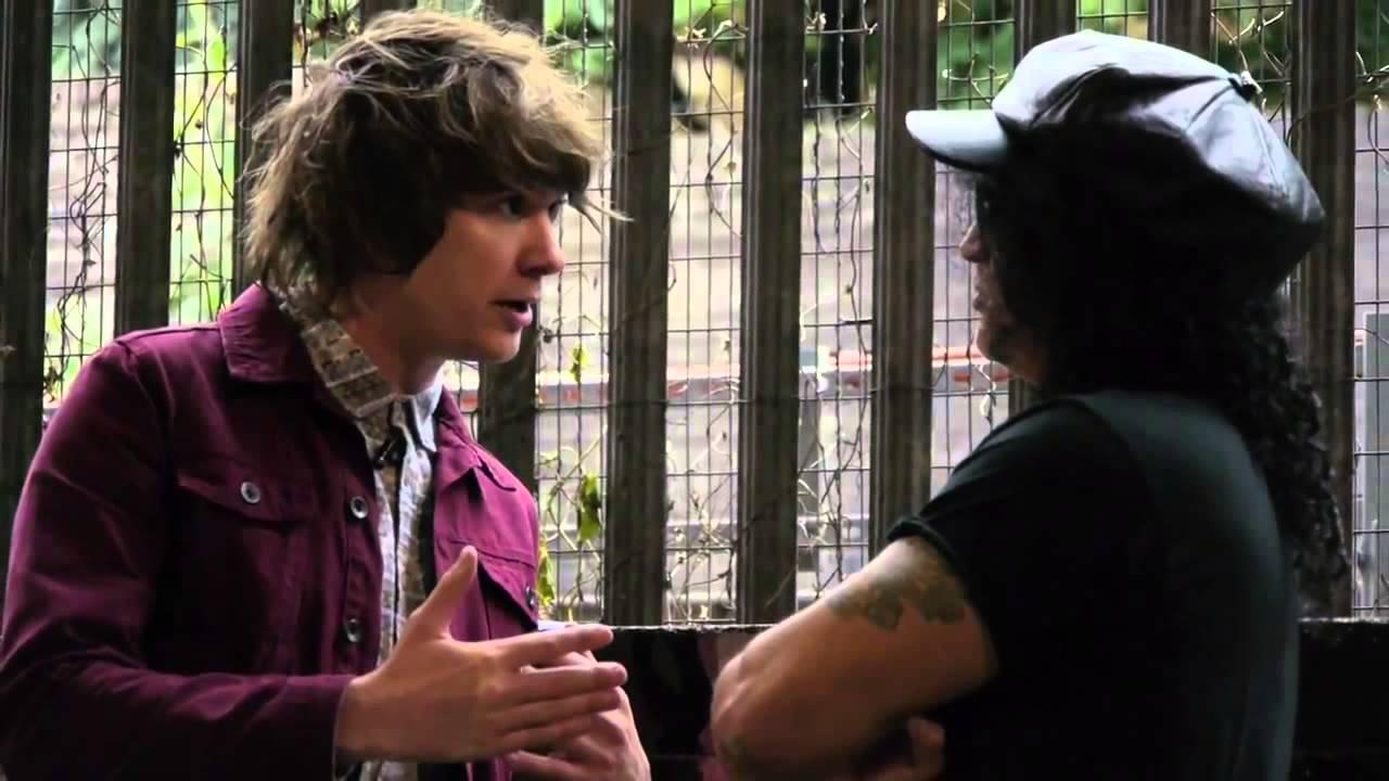 Slash contando sobre seu passado como profissional da BMX