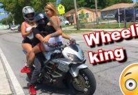 HE ROLLS INTO BIKE PACK WITH 3 GIRLS ON HIS BIKE! CRAZY BIKE LIFE