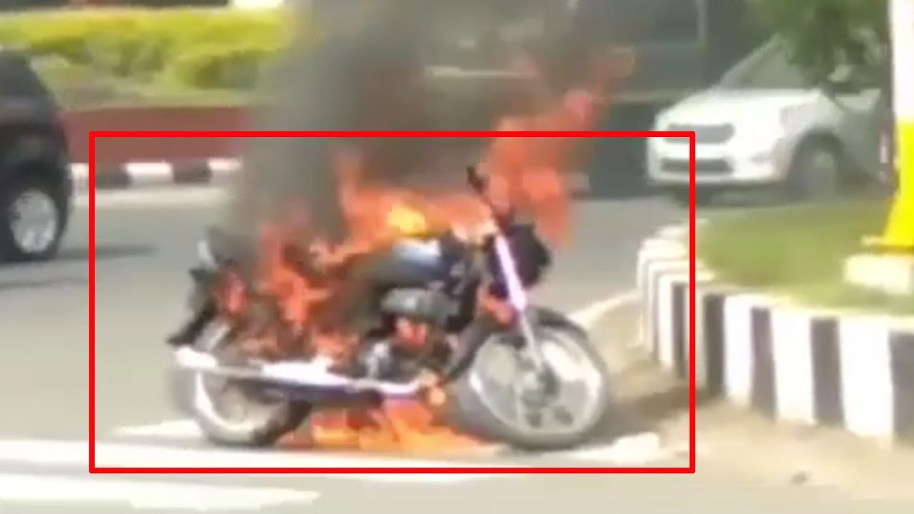 On cam: Bike catches fire near petrol pump in Indore