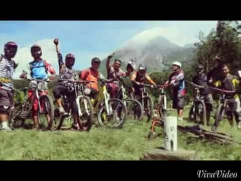 Best Track Enduro Mountain Bike ( 22 Km ) - Sapuangin Southeast Merapi Volcano Indonesia