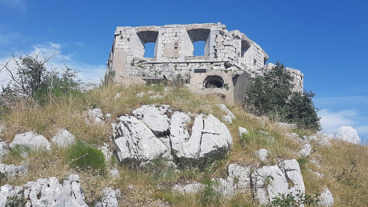 MTB-Tour Montenegro: Kriegsruinen Kom