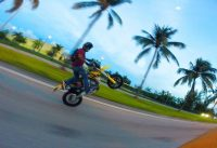 Miami bike life is wild everyday, Dirt bikes on city streets!