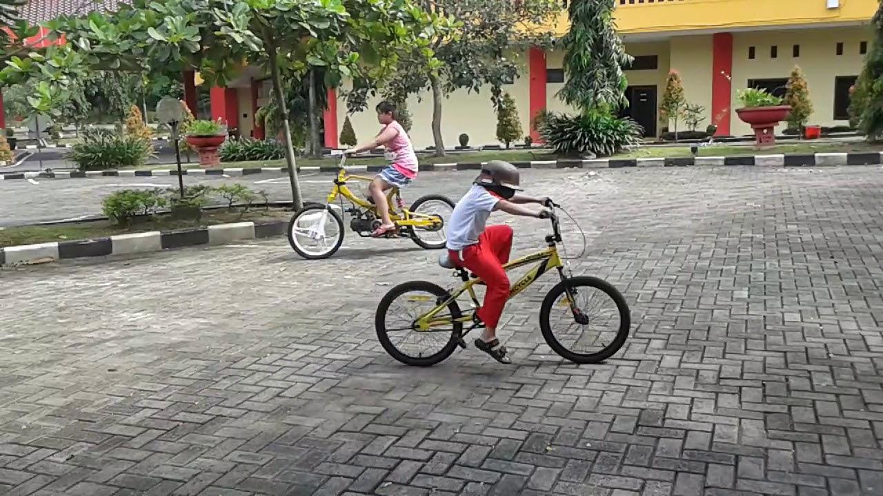 Sepeda unik Ala BMX..Test Drive