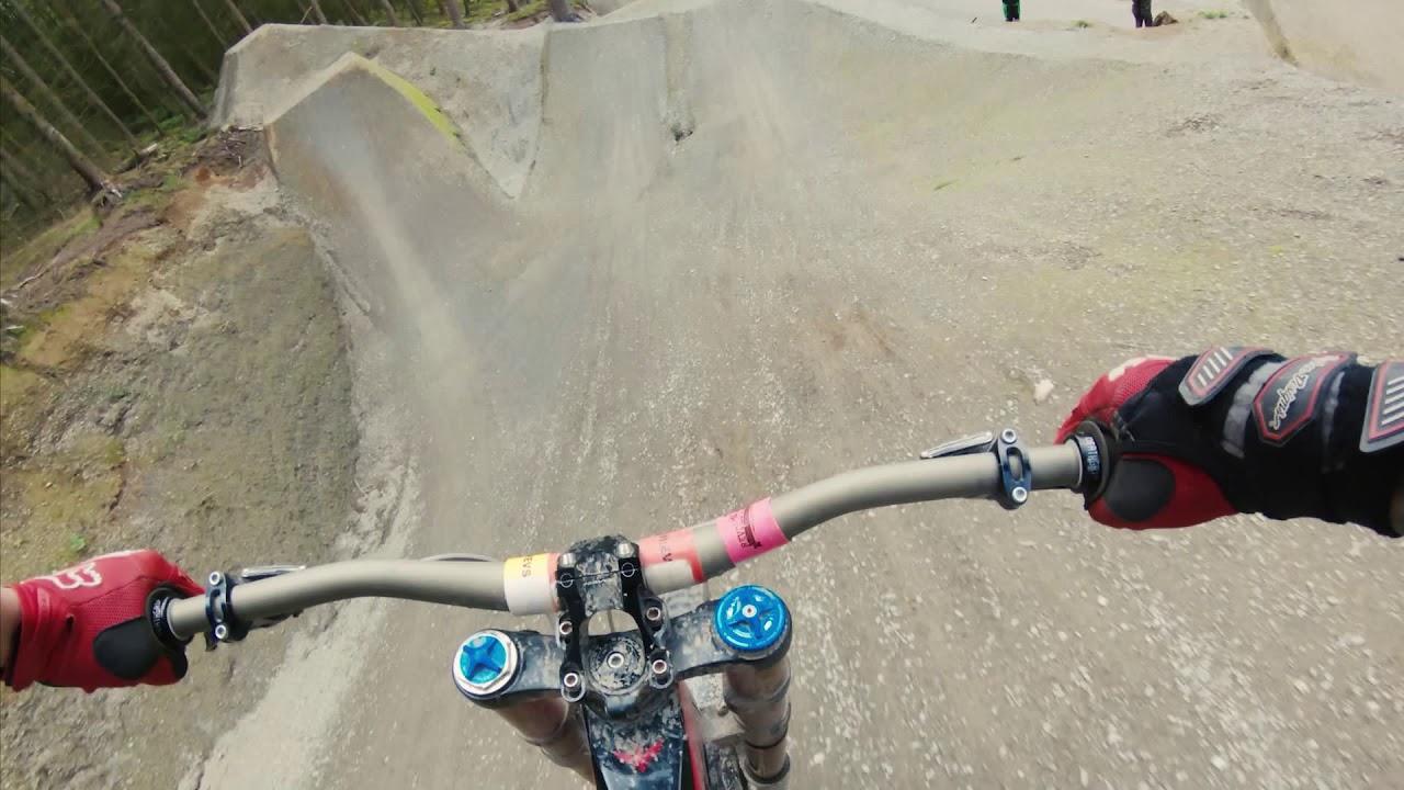 Revolution Bike Park: 50/01 & Vision Line