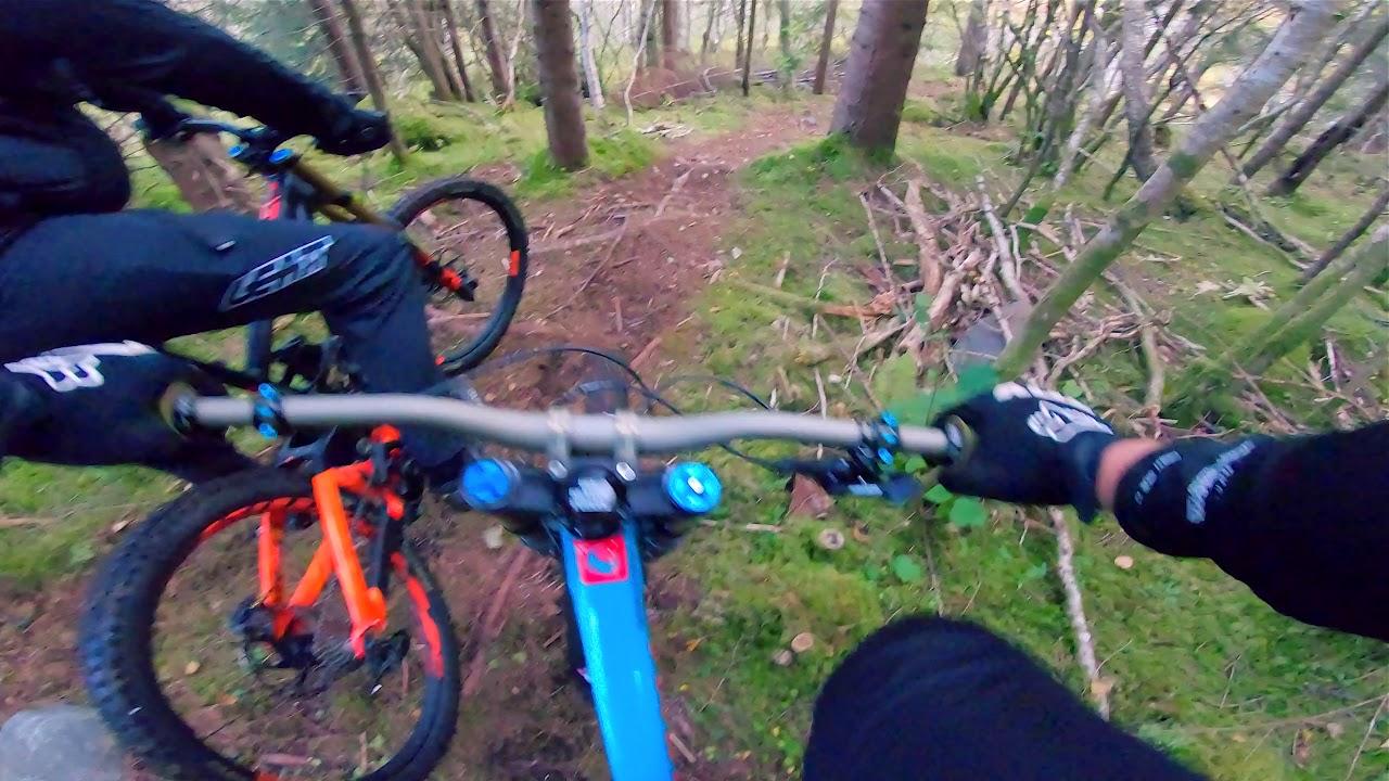 Riding my pivot Downhill bike on Maifjellet
