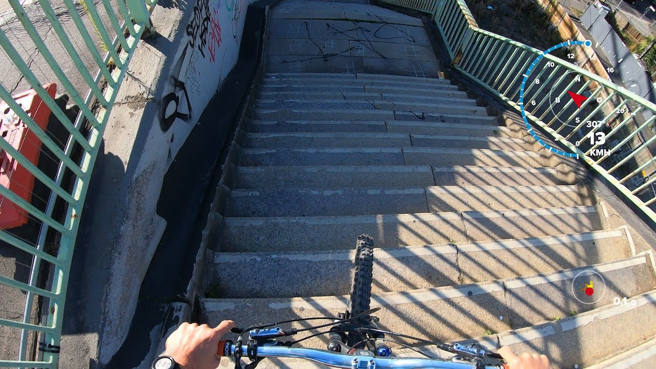 Urban FREERIDE light, with my nice Dartmoor Hornet in Cologne...