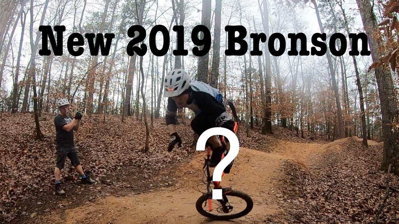 2019 Santa Cruz  Bronson
