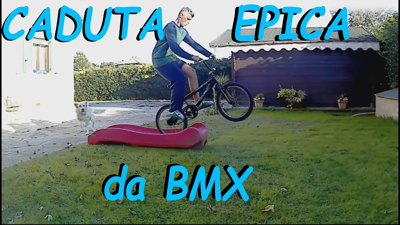 CADUTA EPICA da BMX mentre SCAPPA dal CANE - Lady riprende tutto