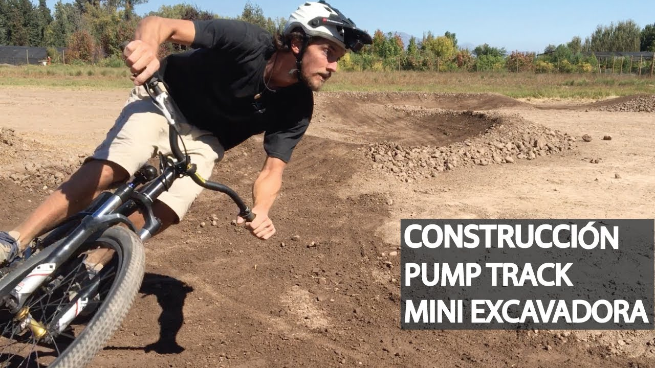 Pump Track desde cero con la Mini Excavadora, media picota, rastrillo, fat bike y aplanadora!