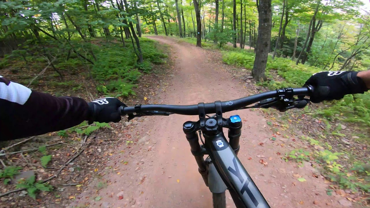 Windham Bike Park's Wilderness Roll a 3 mile long jump trail