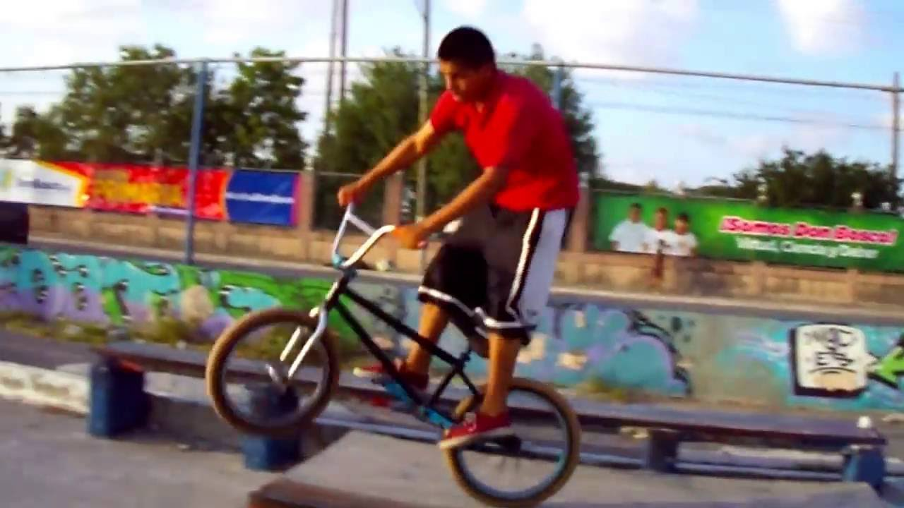 "BMX!!! Primer edit ""Karlos Gomez"" BMX MEXICO"