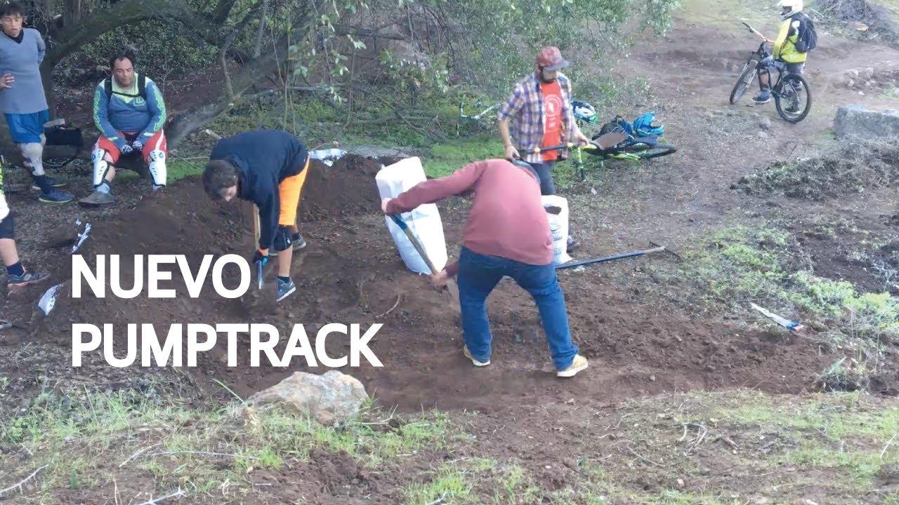 Construyendo un Pump Track y Haciendo Mountain Bike de Noche! Trail Building!