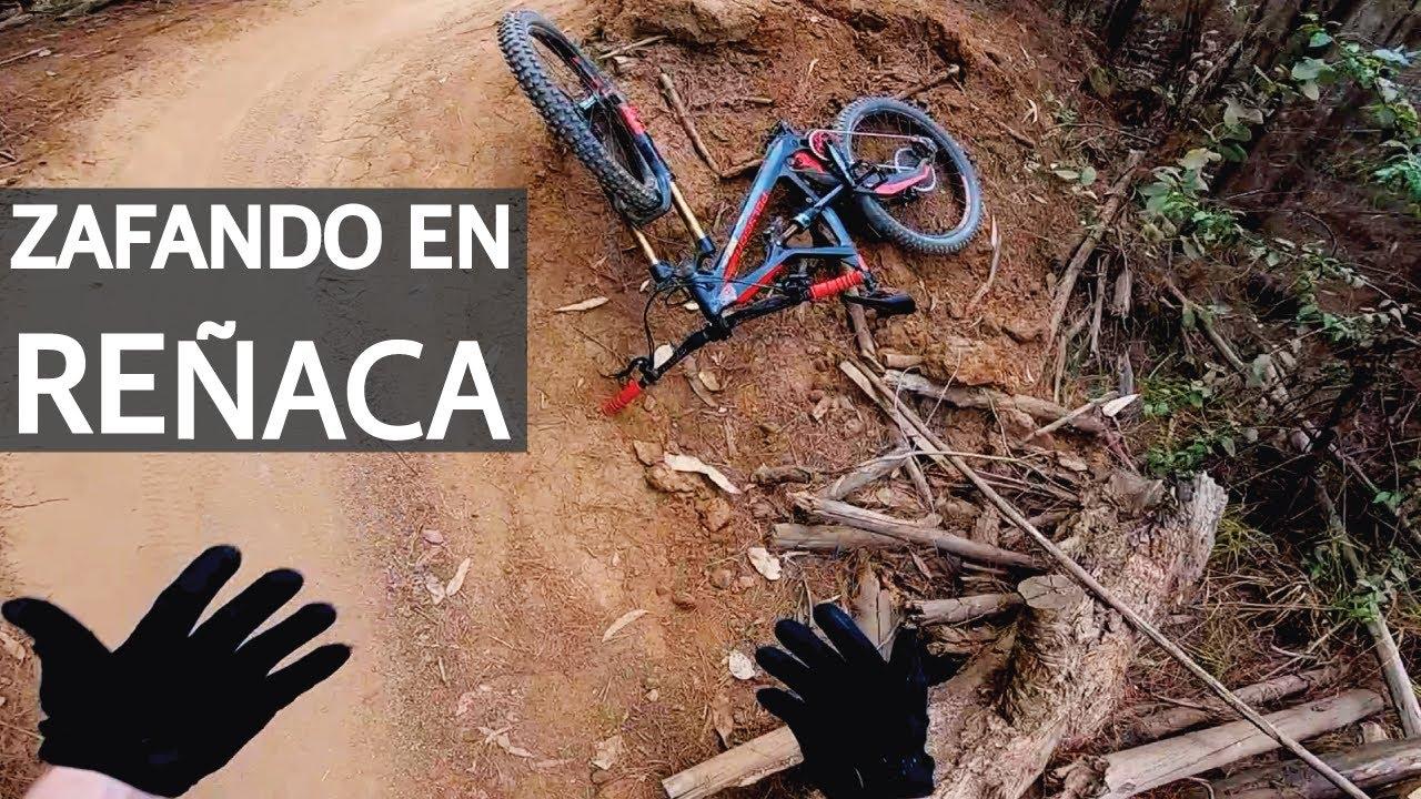 Mountain Bike en Reñaca con la Vale! Saltos, Casi Caídas, Tarimas y Cortos en Bicicleta!