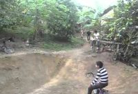 UN POCO DEL BMX YUMBO