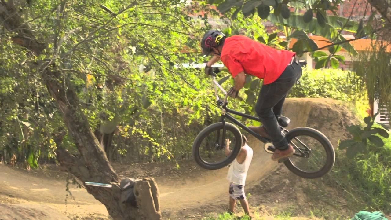 BMX Omar Lopez de paso por Tuluá  Colombia // Tampiko Films