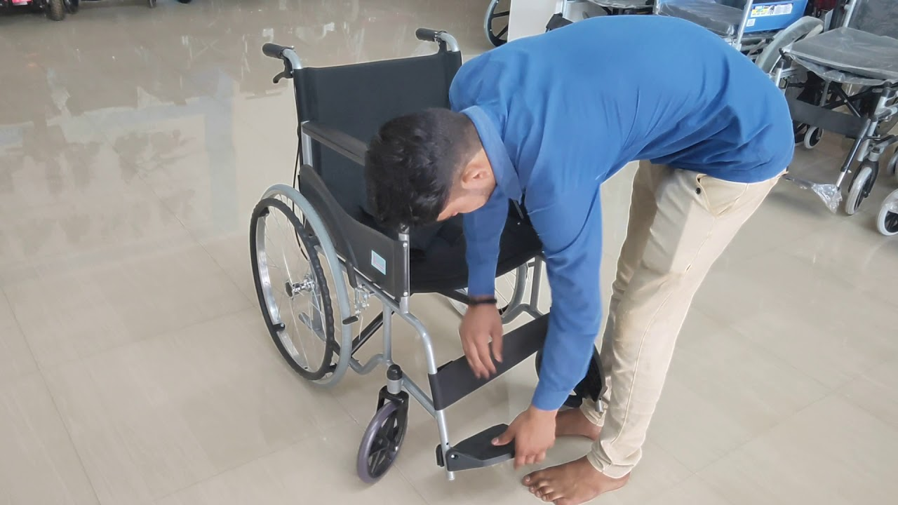 Manual Folding Spoke Wheel Wheelchair with Dual Brakes & Seat Belt for Extra Protection