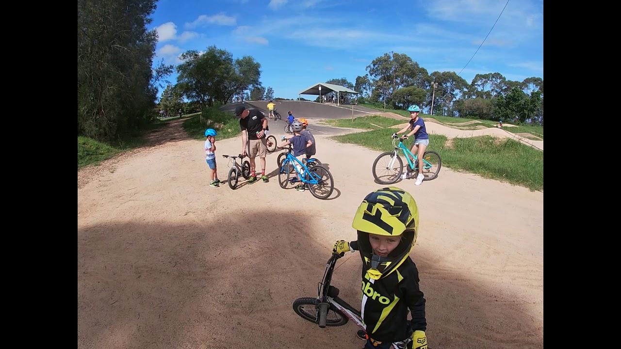 BMX RIDING TERRY HILLS
