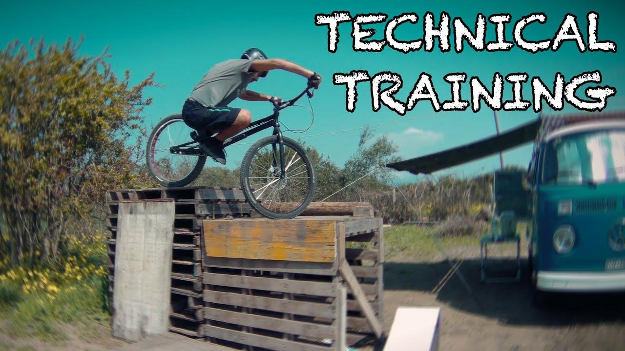 Corona Training 02 - Bike Trial Sardinia