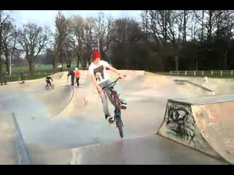 Hop whip out of a flatbank bmx