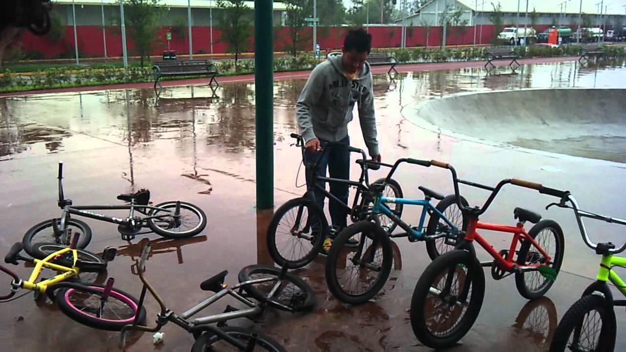 Bmx bikes falling