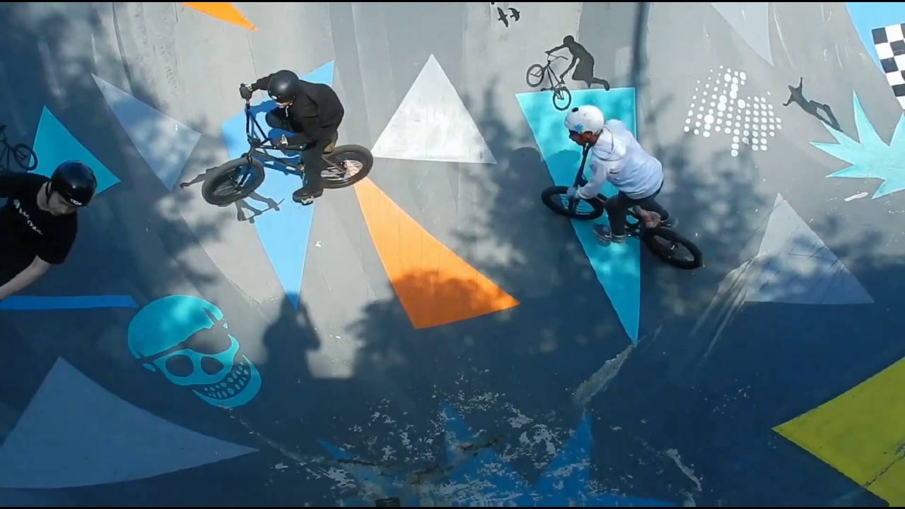 Mountain biking BMX, Stunts on bicycles, dangerious byking in woods