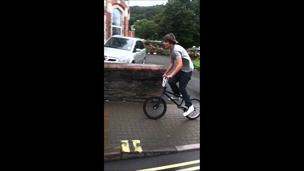 BMX Foot-tap