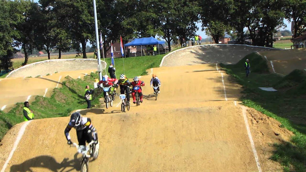 2013 10 12 BMX ZUID KAMPIOENSCHAP 2e manche Anja