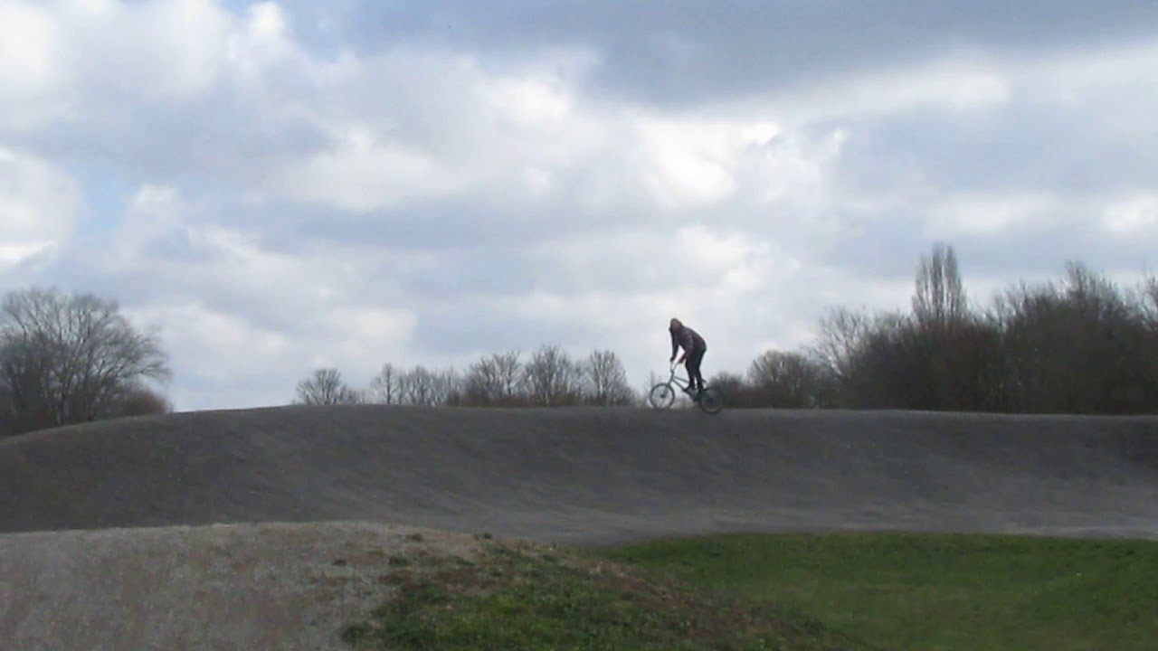 my mate on my bmx at slowy