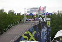 2012-05-13 BMX supercross Papendal Finale van Laura.mpg