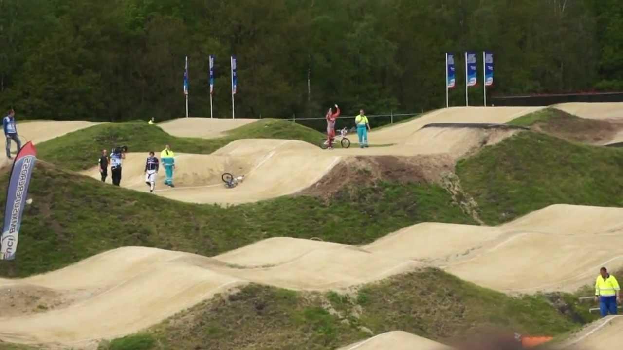 2012-05-13 BMX supercross Papendal Finale van Twan.mpg