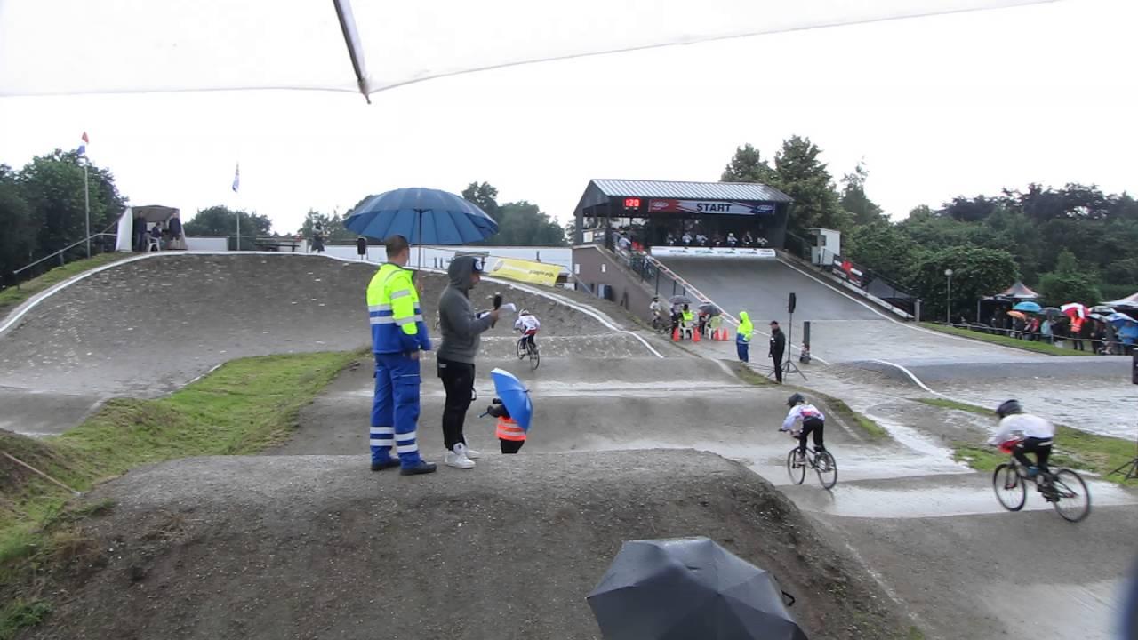 2016 06 05 AK 6 Volkel  race 20 B finale Girls 9 10  BMX Zuid Kampioenschap
