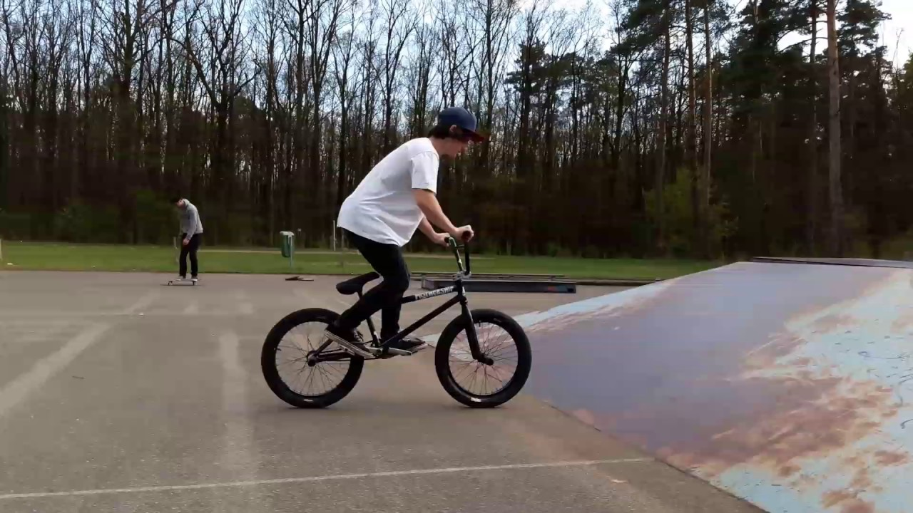 Filip Ryba - Bmx 4F edit 17'