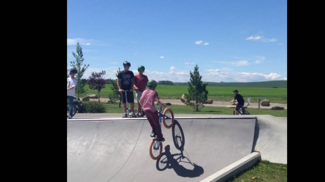 bmx gaping the gater for the first time